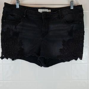 Torrid plus size 20 shorts black with lace details